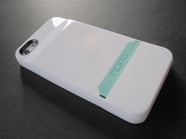 Review: Incipio Stashback for iPhone 5 1
