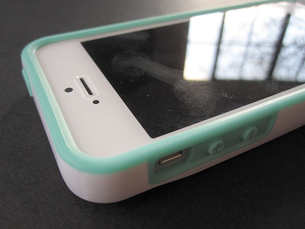 Review: Incipio Stashback for iPhone 5 5