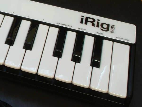 Review: IK Multimedia iRig Keys 6