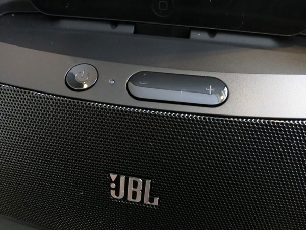 Review: JBL OnBeat Mini Speaker Dock with Lightning Connector