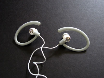 Review: JBL Reference 220 Earphones