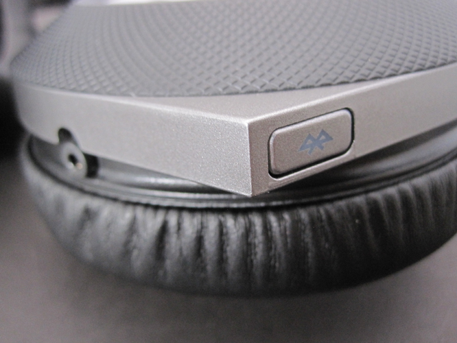 Review: JBL Synchros E50BT Over-Ear Headphones