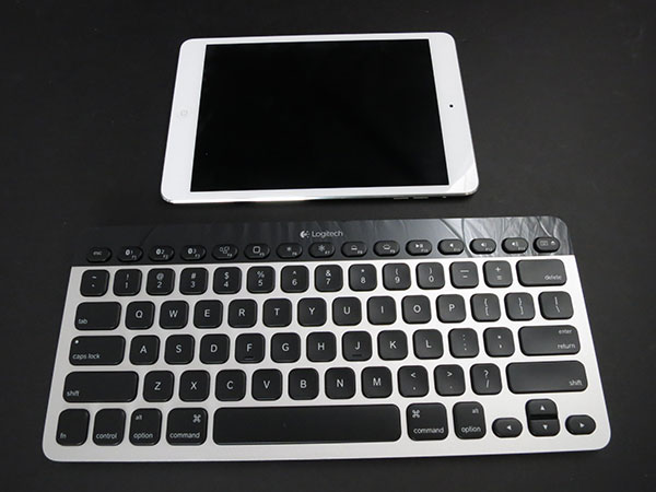 Review: Logitech Bluetooth Easy-Switch Keyboard for Mac, iPad + iPhone 1