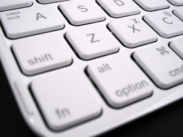 Review: Logitech Ultrathin Keyboard mini