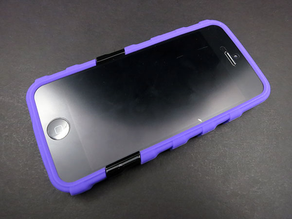 First Look: Musubo Hypergrip + Retro for iPhone 5