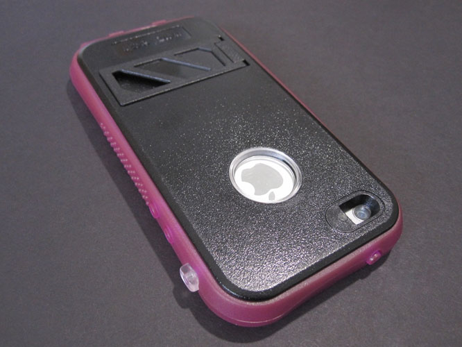 Review: Naztech Vault+ for iPhone 5/5s
