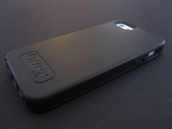 Review: OtterBox Symmetry Series for iPhone 5/5s