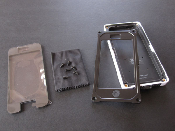 Review: Pelican ProGear CE1180 Vault Series Case for iPhone 5