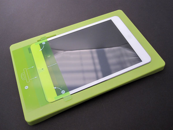 First Look: PureGear PureTek Roll-On Screen Shield Kit for iPad Air + iPad mini