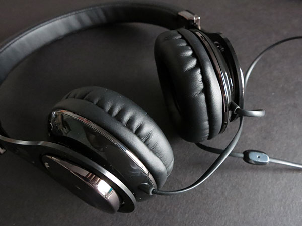 Review: Scosche Realm RH656m / RH656md Headphones