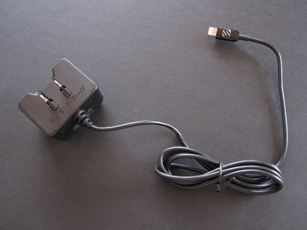 Review: Scosche strikeBASE 12W Wall Charger for Lightning Devices