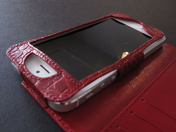 Review: Sena Cases Hampton Wallet for iPhone 5