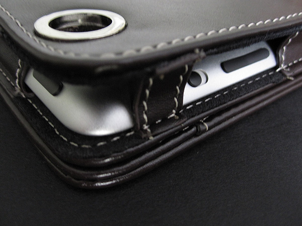 First Look: Simplism Leather Flip Note Case for iPad 2