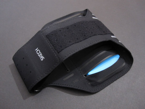First Look: Skech ArmBand for iPhone 5/5c/5s