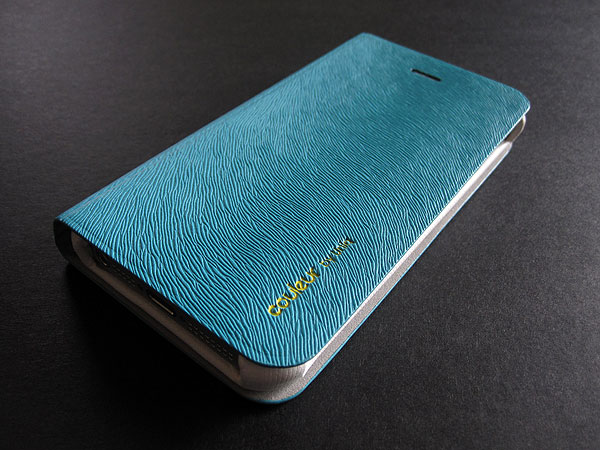 Review: Uniq Creation Couleur for iPhone 5