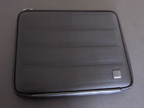 First Look: United SGP Dresden Klaus 9i Messenger Bag for iPad + iPad 2