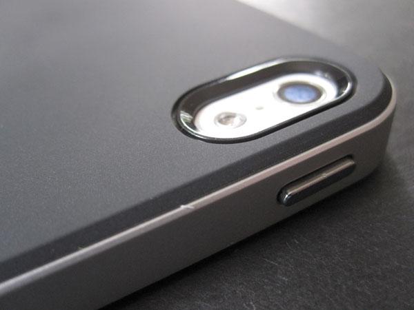 Review: Spigen SGP Neo Hybrid for iPhone 5