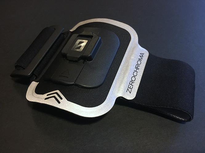 Review: ZeroChroma FluxStand-Compatible Car Vent Mount + Reflective Armband 8