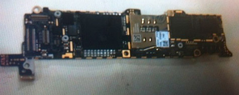 Next-gen iPhone logic board pictured, A5X on board? 6
