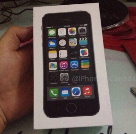 iPhone 5S box leak, new Home Button? 1