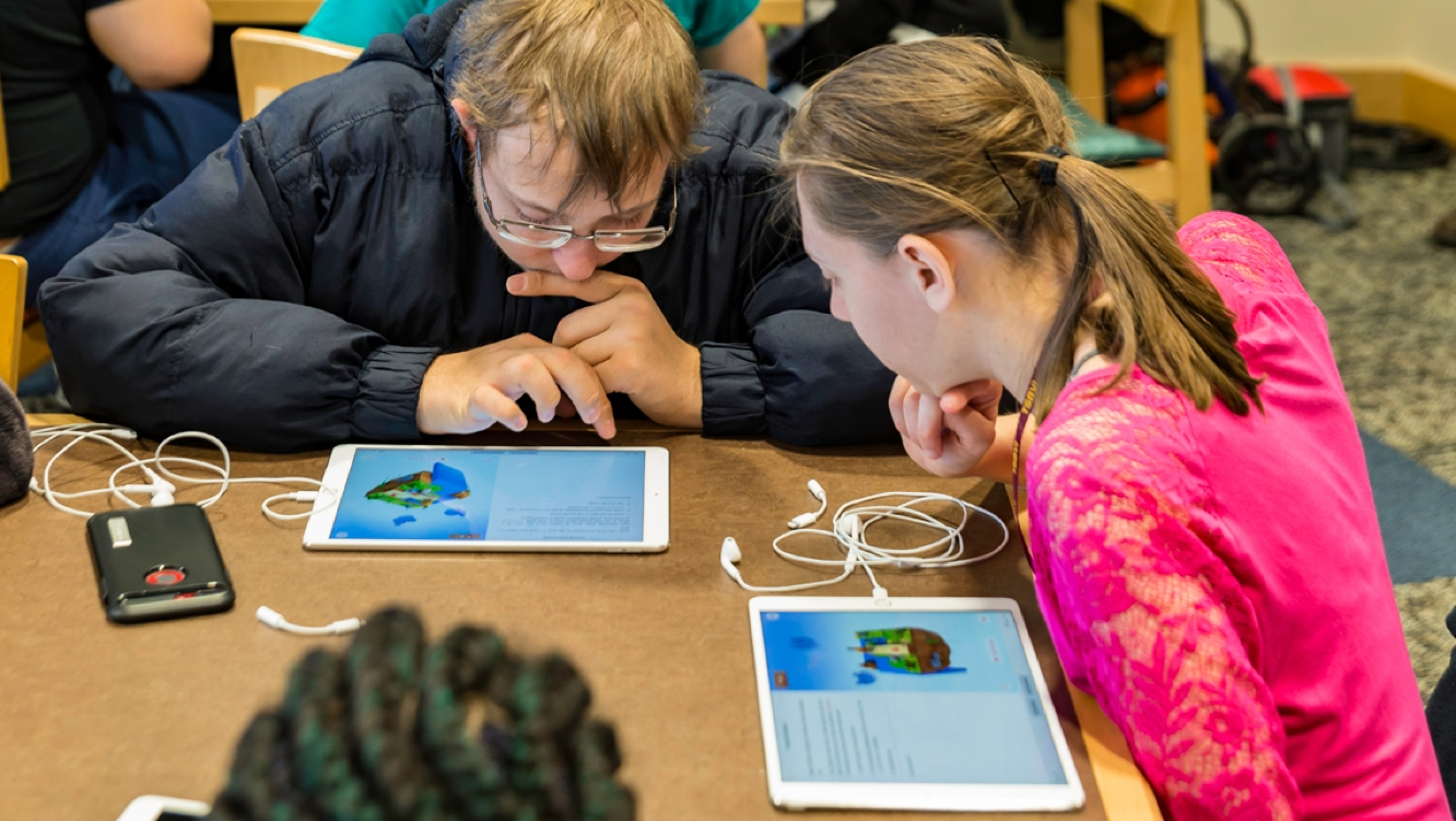 Apple teams up with educators to bring Everyone Can Code to blind and deaf students