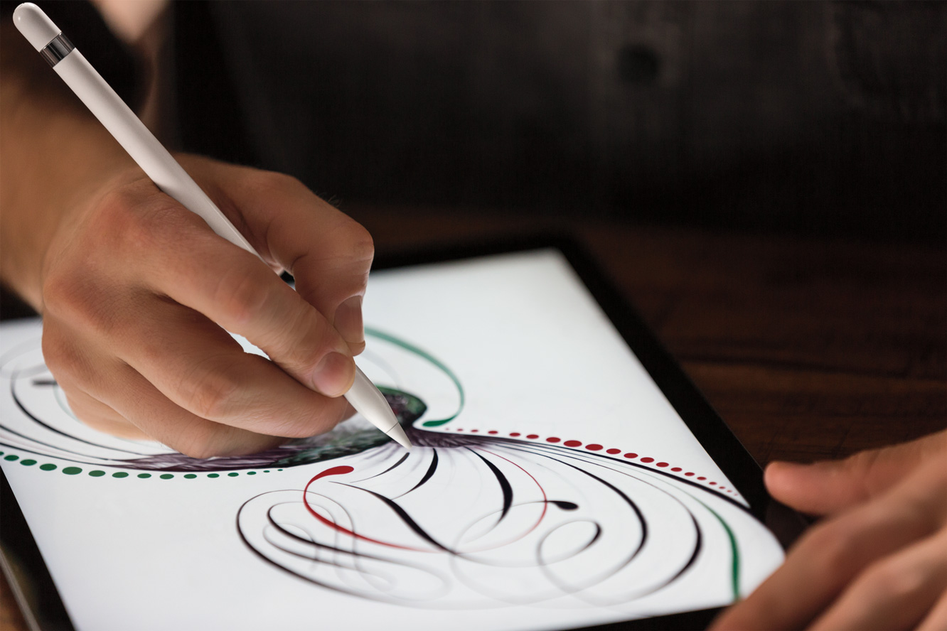 "Tim Cook announces new 9.7"" iPad that's compatible with Apple Pencil 4"
