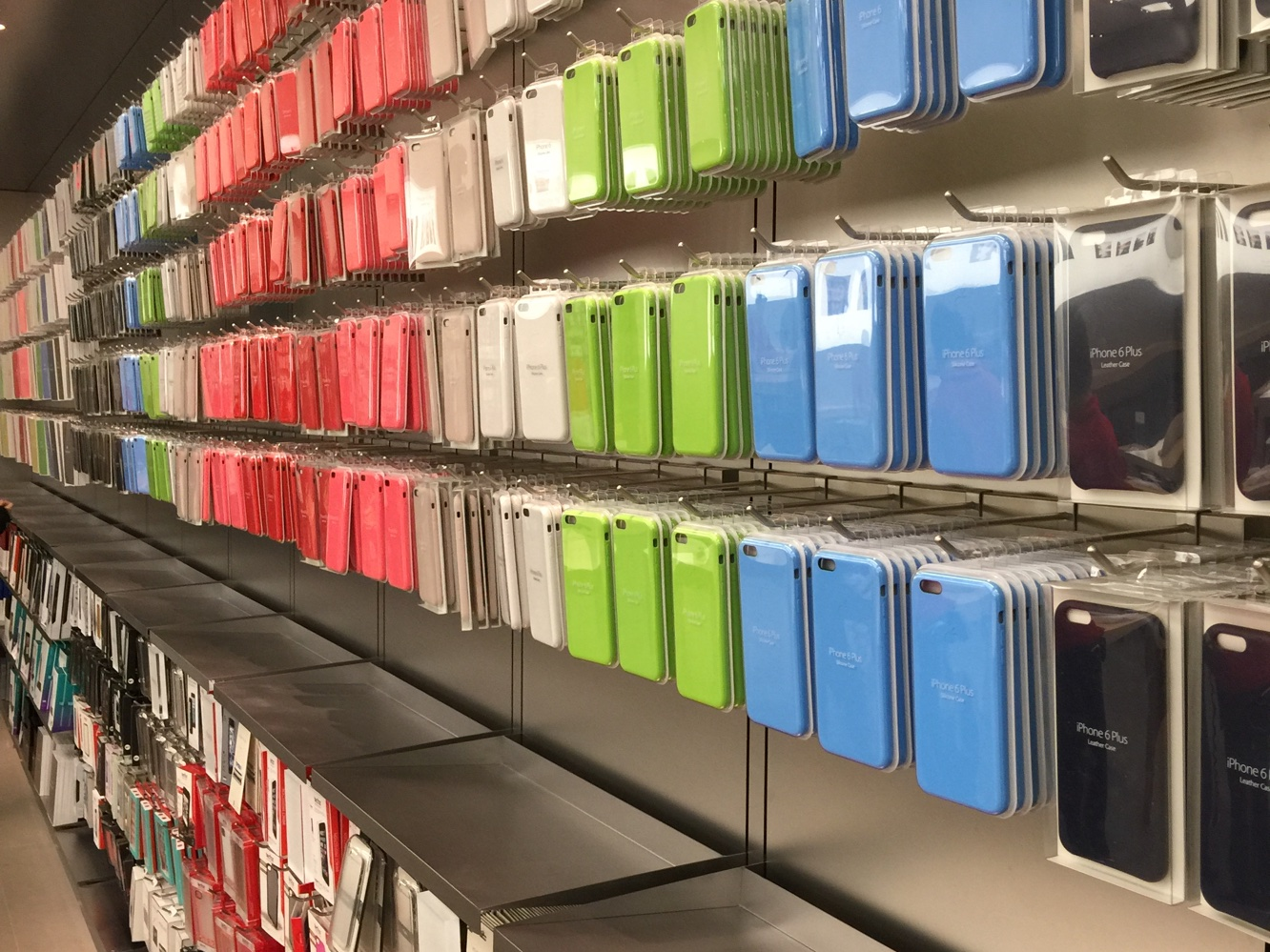 Apple threatens action against accessory makers using leaked device specs 1