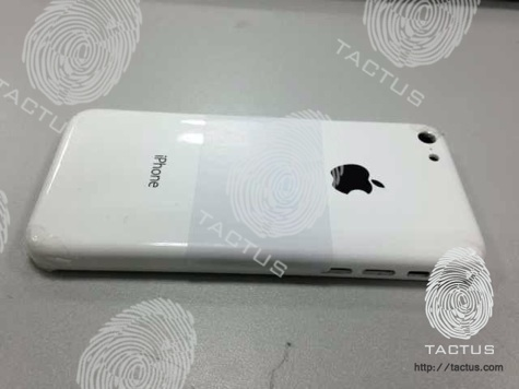 iPhone '5C' (Low-cost model)