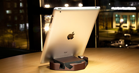 ColorWare debuts Wedge stand for iPad 1