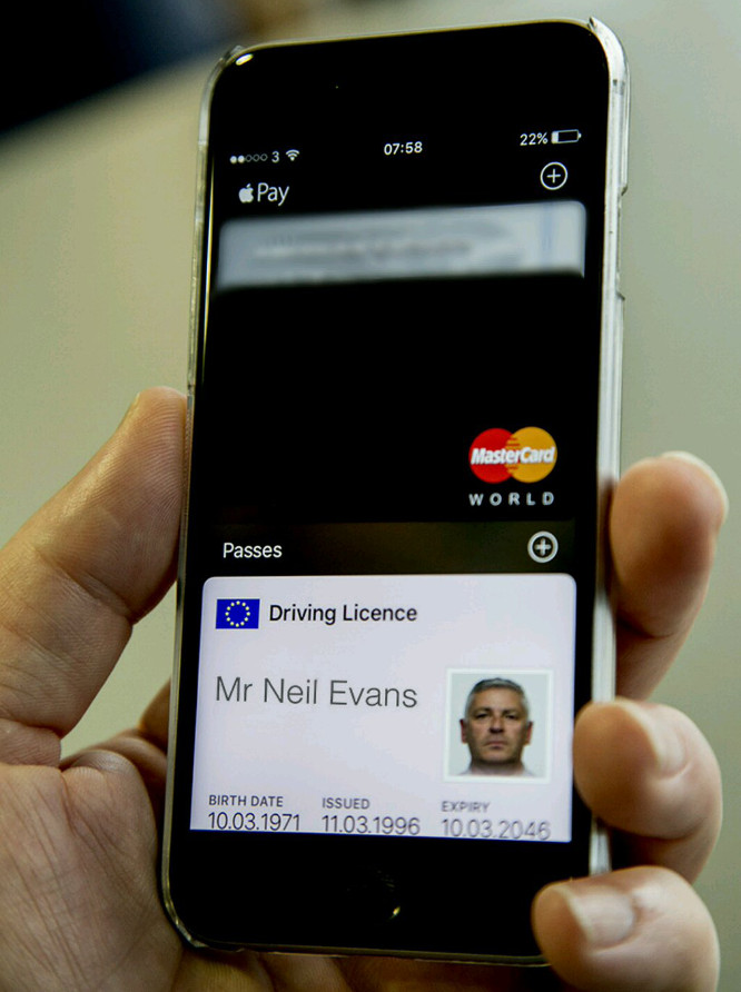 UK government teases adding driver's license to Apple Wallet