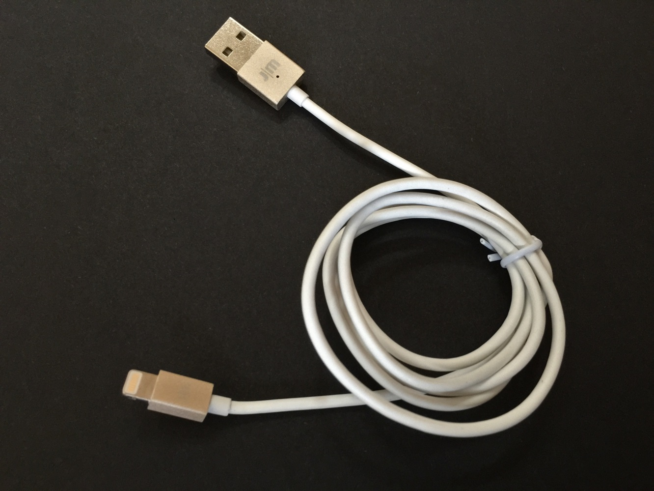 Just Mobile AluCable LED