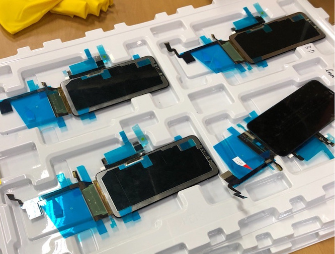 Leaked images allegedly show display and other components for 'iPhone X Plus'