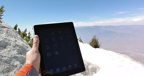 Photo of the Week: iPad 2 in California 1