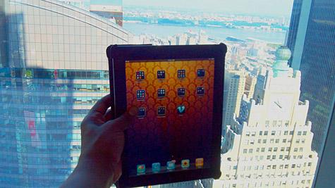 Photo of the Week: iPad in NYC 1