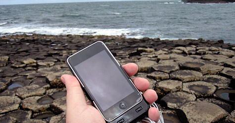 Photo of the Week: iPod touch in Northern Ireland 1