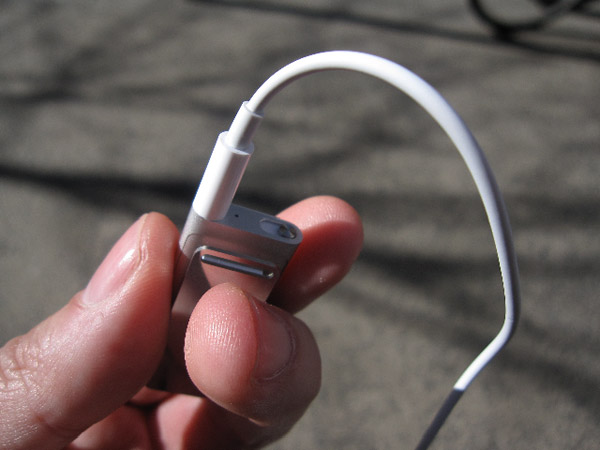 Review: Apple iPod shuffle (Third-Generation) 18