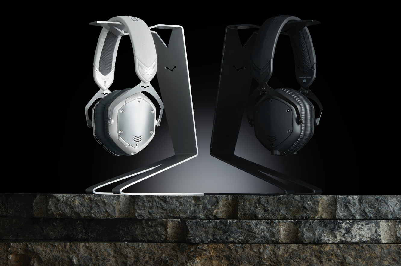 V-Moda releases SpeakEasy DAC/AMP Lightning cable, V-Man headphone stand