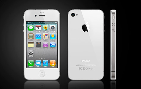 Bloomberg: White iPhone 4 coming by 'end of April' 1